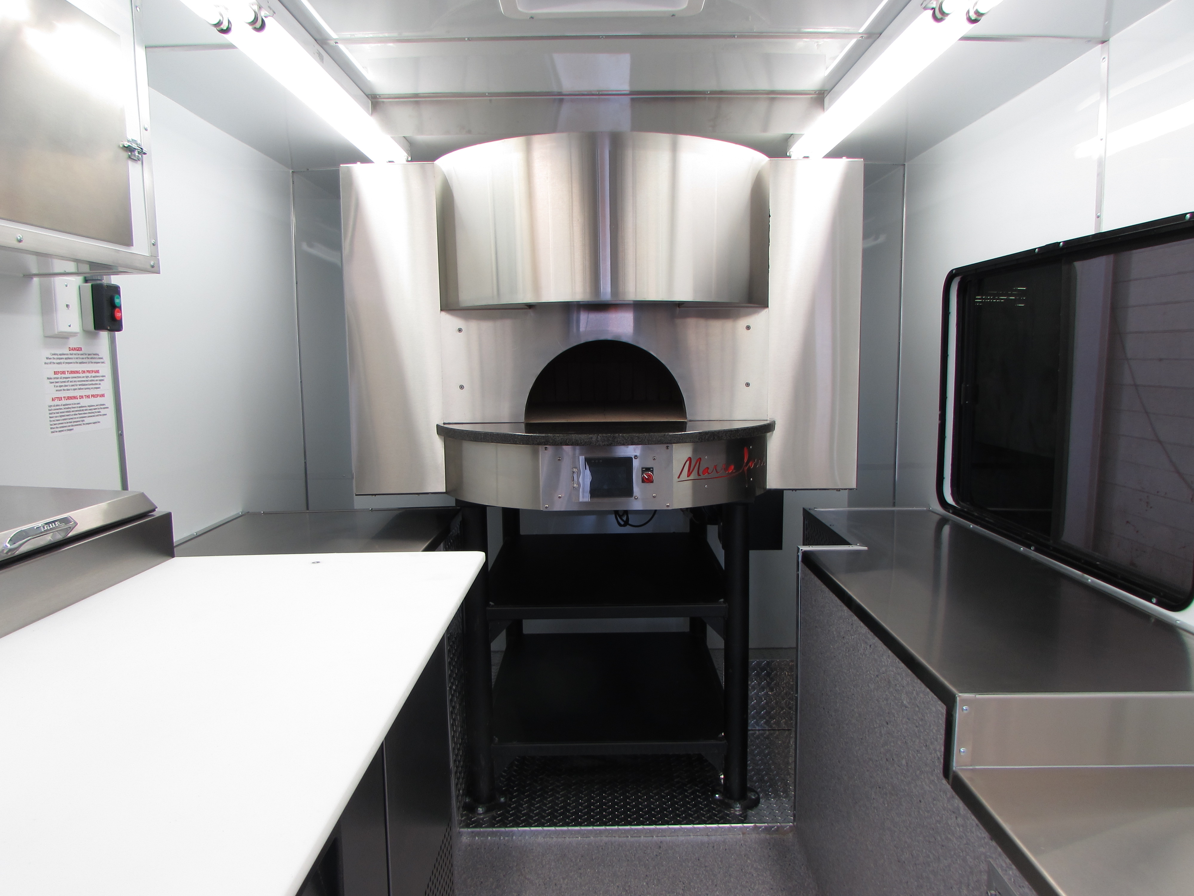 1Food Trucks - Marra Forni Oven 1 - Copy